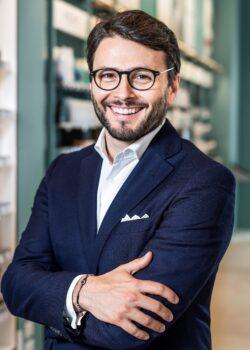 Davide_Tavaniello - Hippocrates Holding